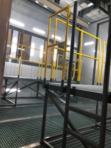 Cabina di verniciatura a liquido inserita in linea