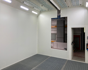 Manual powder painting booth - vertical flow